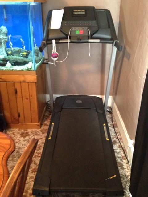 Golds Gym Treadmill 420 NexTech Classifieds
