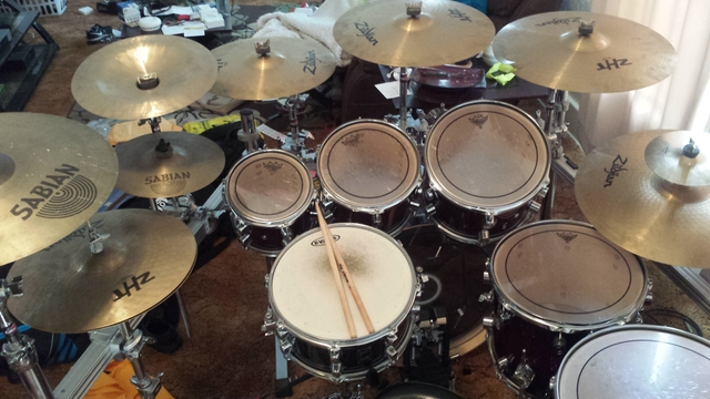 Pdp X7 Maple Lacquer 7 Piece Drumset On Pearl Icon Rack 10