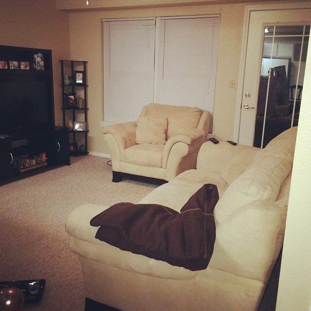 Beige Microfiber Overstuffed Couch And Chair Discoverstuff