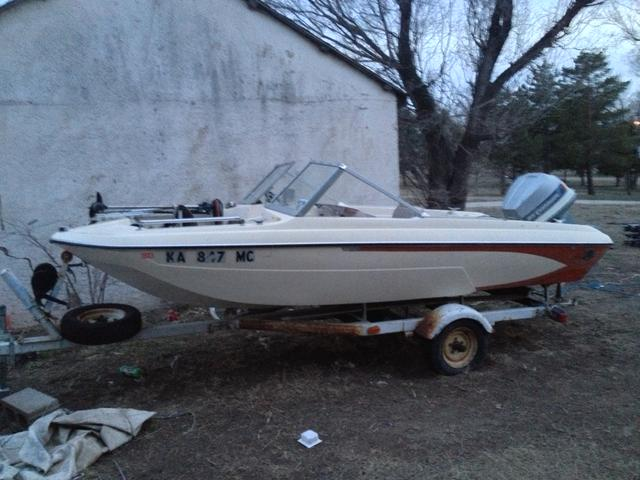 1976 15 ft glastron fishing boat price reduced again for Fishing boat cost