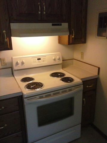1 2 Bedroom Apts In Kinsley Available Now Discoverstuff