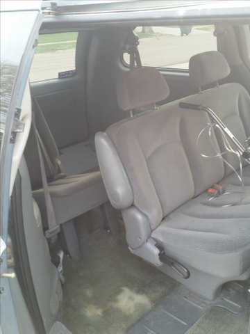 2006 dodge grand caravan with stow and go seats ptci classifieds. Black Bedroom Furniture Sets. Home Design Ideas