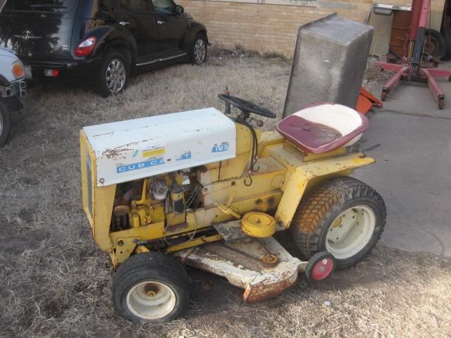 cub cadet lawn tractor 123