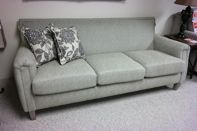 New Best Home Furnishings Sofa