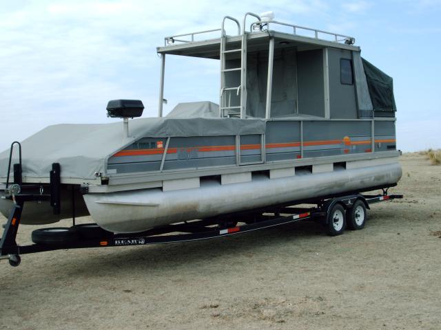 1987 Sun Tracker Party Hut 28ft Pontoon Boat W Trailer
