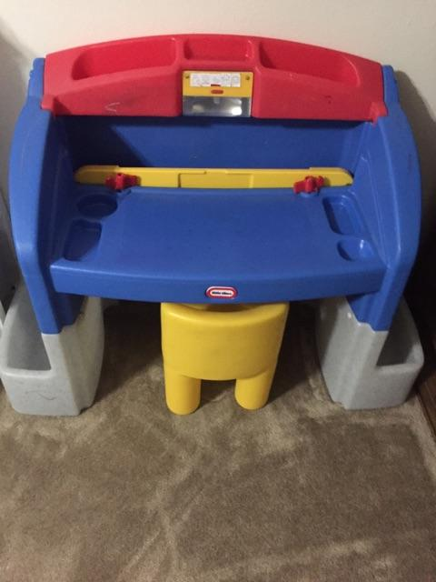 Little Tikes Desk And Chair Pioneer Classifieds