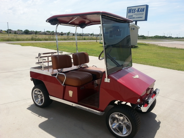 Taylor Dunn Vintage Golf Cart