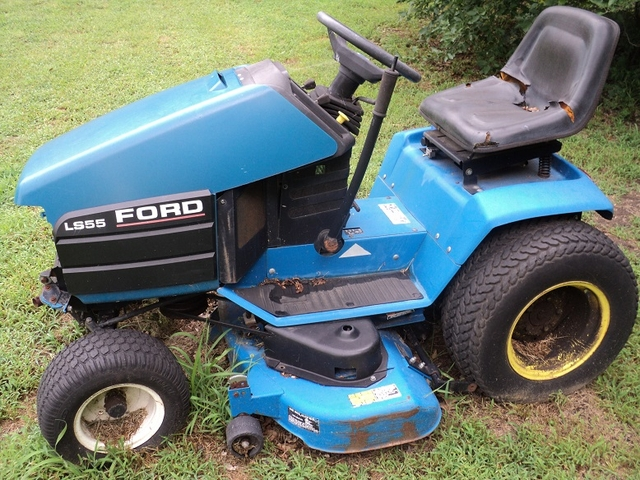 Ford ls55 lawn tractor with 42 snow thrower pioneer classifieds contact seller sciox Choice Image